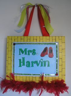 wizard of oz classroom theme | Maybe I will do a Wizard of Oz theme next year! Personalized ...
