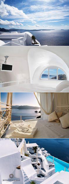The incredible Katikies Hotel in Santorini http://www.mediteranique.com/hotels-greece/santorini/katikies-hotel/