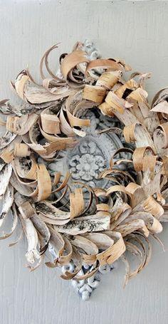 seasonsofwinterberry:  Birch Bark Wreath….~Very pretty~sandra de~My Romantic Heart~