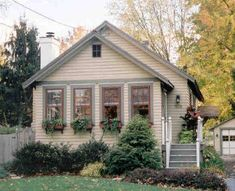 Historic House Colors Victorian Bungalow Arts and Crafts Retro Queen Anne consulting by Robert Schweitzer Simple Bungalow pictures.