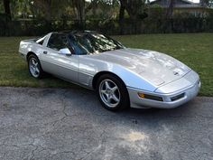 1996 Corvette 1996 Corvette, Chevrolet Corvette C4, Chevy, Cheap Sports Cars, Sport Cars, Corvette History, American Dream Cars, Design Retro, Classic Corvette