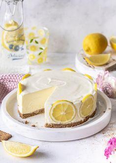 Einfacher Zitronen Cheesecake ohne backen Simple lemon cheesecake without baking Lemon Cheesecake Recipes, Easy No Bake Cheesecake, Lemon Dessert Recipes, Homemade Cheesecake, Lemon Recipes, Dessert Simple, Bon Dessert, Citron Cake, Desserts Printemps