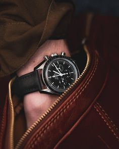 Omega Speedmaster on an Artem Strap Men's Watches, Watches For Men, Omega Speedmaster Watch, Watch Bands, Omega Watch, Stylish, Car, Inspiration, Fashion