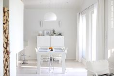 Nordic Days is a website with Scandinavian interiors where you learn everything about Scandinavian design and the latest home interior trends. Interior And Exterior, Interior Design, Scandinavian Design, Scandinavian Interiors, White Houses, Dining Area, All You Need Is, Curtains, Modern