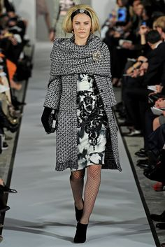 Oscar de la Renta Fall 2012 Ready-to-Wear Collection Photos - Vogue