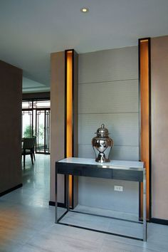 Find the best ideas and inspiration for luxury bathroom interior design and decoration at Maison Valentina. And while you're at it, find the most exquisite bathroom furniture, such as console tables, there as well! Luxury Home Decor, Luxury Interior Design, Interior Design Inspiration, Interior Decorating, Luxury Homes, Foyer Design, House Design, Club Design, Console Table Living Room