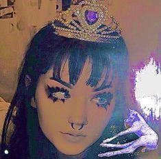 Edgy Makeup, Makeup Inspo, Nasal Septum, Alternative Makeup, Septum Jewelry, Selfie Ideas, Cosplay Makeup, Edgy Look, I Love Girls