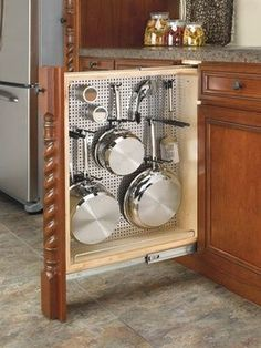With no further a due, here are 47 kitchen organization ideas that will make you love your kitchen even more and for you to have a well-organized kitchen! For more awesome ideas, please check https://glamshelf.com #KitchenLayout #kitchenorganization #kitchencabinets