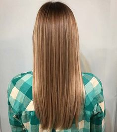 You want to be blonde or want to give your blond hair a boost? Today we would like to share 21 beautiful blonde Balayage styles with you. Balayage is a dyeing technique that g Balayage Hair Lob, Dark Blonde Balayage, Brunette To Blonde, Blonde Hair, Balayage Straight, Blonde Ombre, Going Blonde, Gorgeous Blonde, Hair Videos