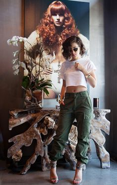 Karla's Closet! I absolutely love this chick!... Olive green cargo pants