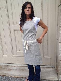 apron that doesn't hang on your neck