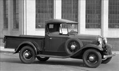 1932 Ford Model B introduces Flathead V8 engine