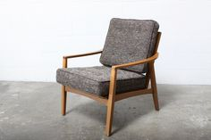 Amsterdam Modern, Slatback easy chairs with upholstered cushions