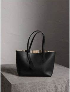 Burberry The Small Reversible Tote in Haymarket Check and Leather #handbags #burberry