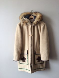 Etsy の Vintage canadian wool parka by LIVINGLAUNDRY