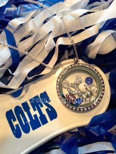 {www.drees.origamiowl.com} Indianapolis Colts football sports locket