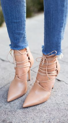Rachel Roy lace up pumps