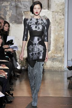 Antonio Berardi Fall 2009 Ready-to-Wear - Collection - Gallery - Style.com