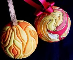 """Great Balls of Fire"" Kimekomi Ornaments - this is absolutely amazing! need to try to do it!"