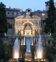 Italy Villa D'Este 5 Star Hotels On Lake Como And In Florence.