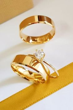 Bague de Fiançailles Tendance : 24 Simple Engagement Rings For Girls Who Love Classic Style Simple engagem Classic Wedding Rings, Vintage Style Engagement Rings, Engagement Rings Princess, Wedding Rings Simple, Wedding Rings Rose Gold, Rose Gold Engagement Ring, Unique Rings, Simple Rings, Trendy Wedding