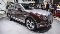 The Bentley is the featured model. The 2019 Bentley SUV image is added in the car pictures category by the author on Dec Suv Cars, Car Car, Super Fast Cars, Super Car, Bentley Arnage, Family Car Decals, Mercedes G Wagon, Honda Ridgeline, Volkswagen Group