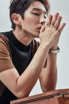 Lee Joon Gi: The Hottest, Most Handsome And Talented South Korean Actor And Entertainer: Criminal Minds: Lee Joon Gi Versus Matthew Gray Gubler Asian Actors, Korean Actors, Busan, Lee Joon Gi 2017, Lee Jong Ki, Wang So, Lee Jung, Kdrama Actors, Moon Lovers