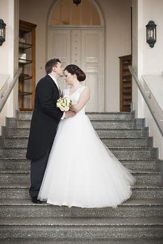 Hääpari Tampere Weddings, Wedding Dresses, Fashion, Bride Gowns, Wedding Gowns, Moda, La Mode, Wedding, Weding Dresses