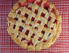 Vegetable Matter: Strawberry Rhubarb Pie