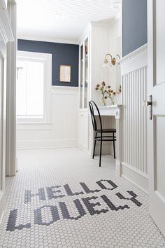 30 What Absolutely Everyone Is Saying About Bathroom Remodel Master Joanna Gaines 54 Cheap Bathroom Remodel, Bathroom Renovations, Chip Y Joanna Gaines, Bathroom Floor Tiles, Construction, Small Bathroom, Bathroom Ideas, Bathroom Inspiration, Bathroom Vanities