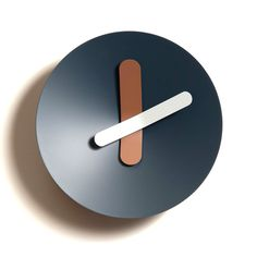 clock // Mozia Medium Dark Blue