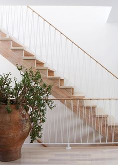 natural staircase with geometric railing Stair Railing Design, Staircase Railings, Stairways, Spiral Staircases, Banisters, L Stairs Design, Handrail Ideas, Staircase Design Modern, Modern Stairs