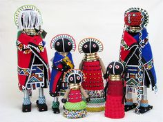 dirtbin designs: my obsession this week Ndebele art African Dolls, African American Dolls, African Art, African History, Palais Galliera, Cultural Crafts, African Crafts, Textile Sculpture, Indigenous Art