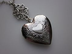 Victorian Heart Locket Necklace in Silver Finish / I adore a silver heart locket <3<3