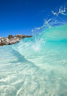 Aqua Waves Crashing on the Beach The beautiful beaches of Hawaii are endless. Sea And Ocean, Ocean Beach, Ocean Waves, Clear Ocean Water, Water 3, Nature Water, Crystal Clear Water, Sand Beach, No Wave