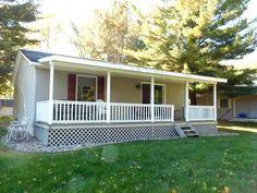 Wixom Lake Waterfront Cottage!! 1072 Rock Trail, Beaverton, MI  MLS #164678