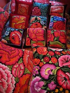 almohadas de textiles  oaxaqueños