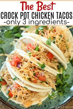 taco recipes This is the best crock pot chicken tacos recipe! Its very tasty and sure to make dinner super easy. Healthy Slow Cooker Chicken tacos with salsa has only 3 ingredients and will be one of your favorite recipes. Best Crockpot Chicken, Slow Cooker Chicken Healthy, Chicken Taco Recipes, Healthy Crockpot Recipes, Dinner Crockpot, Easy Chicken Tacos, Authentic Chicken Tacos, Taco Chicken, Taco Dinner