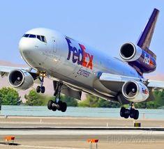 "FedEx Express McDonnell Douglas ""Buck"" encountering crosswinds upon landing at Las Vegas-McCarran, June . Avion Cargo, Mcdonald Douglas, Cargo Aircraft, Aircraft Engine, Private Flights, Airplane Photography, Cargo Airlines, Aviation Industry, Fedex Express"