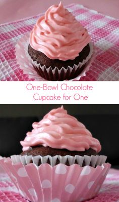One-Bowl Chocolate Cupcake for One #Recipe - an amazingly deliciously rich #chocolate #cupcake made in just one bowl and in 30-minutes. Perfect for when you just want one cupcake and not a whole batch! | www.pinkrecipebox.com