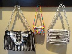 Pop Tab Purse, Pop Tabs, Soda Can Tabs, Coke Cans, Bag Making, Dyi, Diy And Crafts, Upcycle, Shoulder Bag