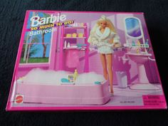 Vintage old shop stock - Barbie - so much to do Bathroom - New in box from 1995