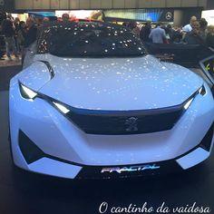 Uma tarde no salão de automóveis em Genève