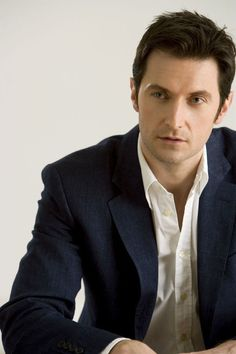 This man needs to be known as John Thornton and Thorin Oakenshield...oh wait, his real name's Richard Armitage? Well, that's not half bad either. <3
