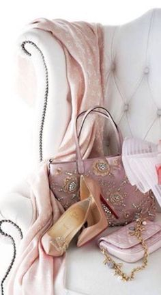 Pink silk shawl, fabulous pink jeweled purse and pink silk pumps.my pink heaven. So feminine. Just Girly Things, Pink Things, Color Mauve, Colour, Everything Pink, Color Rosa, Dusty Rose, Dusty Pink, Girly Girl
