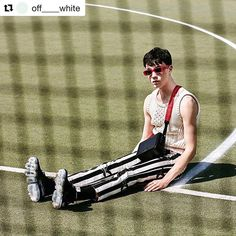 #Repost @off____white  ss18 mens Off-White editorial c/o @off___white___toronto