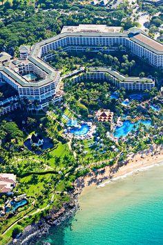 Mango trees, bamboo stands, koi ponds, cascading waterfalls and timber footbridges...need I say more? Grand Wailea - A Waldorf Astoria Resort (Maui, Hawaii)