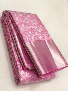 Kanjivaram Sarees Silk, Drape Sarees, Indian Silk Sarees, Soft Silk Sarees, Kerala Saree Blouse Designs, Wedding Saree Blouse Designs, Fancy Blouse Designs, Gold Silk Saree, Wedding Silk Saree