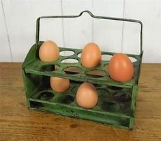 egg holder, c.1950 ~ Worcester Ware