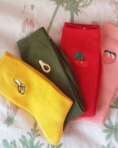 Fruits Embroidered Socks Smart Women Never Go for Boring Socks, Do You? They say that socks outline Funky Socks, Crazy Socks, Cute Socks, Colorful Socks, Toe Up Socks, Ankle Socks, Cool Outfits, Fashion Outfits, Womens Fashion